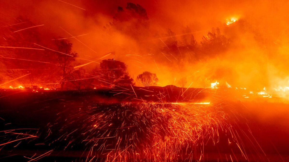 """Angriff auf die USA; """"Waldbrände"""" enden alle an der kanadischen Grenze"""